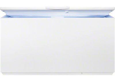 Lada frigorifica intredeschisa