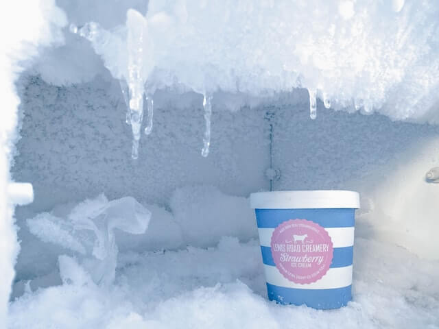 Congelator dezghetare manuala